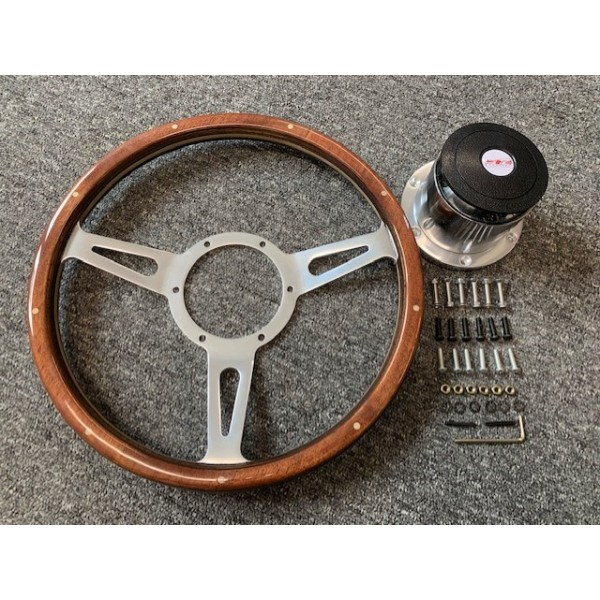 Classic Style Steering Wheel and Boss Kit